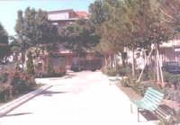 Nizza di Sicilia Piazza Col.Interdonato anni 70'  - Nizza di sicilia (7144 clic)
