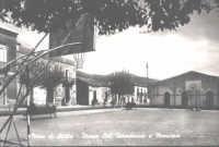 Piazza CoL. Interdonato e municipio.  - Nizza di sicilia (10363 clic)