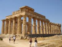 il bellissimo e solare tempio di selinunte  - Selinunte (3289 clic)