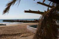 vista del molo di selinunte ripresa dalla spiaggia  - Selinunte (4504 clic)