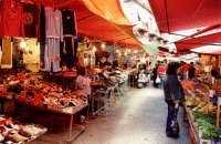 A Porta Carini.  - Palermo (2419 clic)