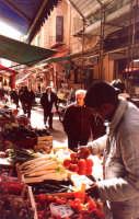 Mercato popolare a Palermo:'U Capu. PALERMO Guido  Caruso