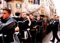 Tutti insieme (Venerdì Santo a Palermo anno 2005) PALERMO Guido  Caruso