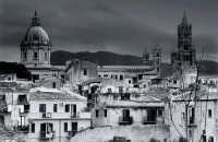 La cattedrale di Palermo vista da Porta Carini  - Palermo (1470 clic)
