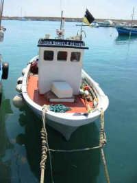 Barca   - Isola delle femmine (5712 clic)