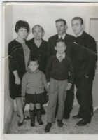 Nonna Maria, Nonno Paolo, Pino, Patrizia, Matteo e Rosa   - Centuripe (3570 clic)
