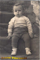 Uno splendido bambino d'altri tempi: zio Pino  - Centuripe (3117 clic)
