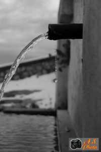 una delle tante fontane della cittadina gratterese.  - Gratteri (3785 clic)