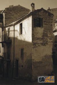 Uno degli angoli caratteristici di Lascari.  - Lascari (4616 clic)