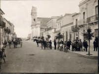 Canicattini Bagni:vecchia foto di via xx settembre....salvatore petruzzelli  - Canicattini bagni (8708 clic)