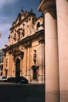Facciata chiesa Madre Sant'Ignazio-San Guglielmo in Piazza Italia. SCICLI Davide Militello