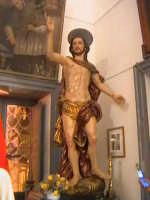 La copia in gesso della statua de 'U GIOIA', nella chiesa di Santa Maria La Nova.  - Scicli (7297 clic)