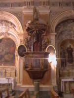Pulpito ligneo della chiesa di Gesu. (sec.XVII°)  - Scicli (1801 clic)