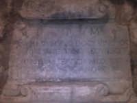 Particolare della tomba.  - Scicli (1345 clic)