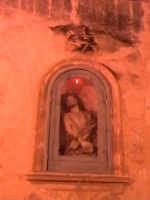 Edicola votiva del Cristo con la corona di spine, nella salita che porta alla chiesa di Santa Maria La Nova.  - Scicli (1907 clic)