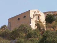 Veduta dal sentiero di Santa Lucia della chiesa del Santo Spirito(XVIII° sec.) sul colle di San Matt