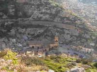 Veduta dall'alto della cava di San Bartolomeo.  - Scicli (2686 clic)