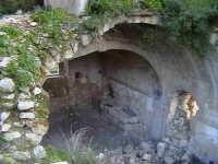 Ruderi del refettorio del convento di Sant'Antonino (XIV°sec) Architettura pre-Terremoto del 1693.  - Scicli (1549 clic)