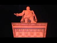Statua del benefattore Sciclitano Pietro Di Lorenzo detto Busacca (ricco banchiere). SCICLI Davide M