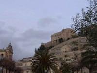 Veduta da Piazza Italia del colle di San Matteo e chiesa Madre. SCICLI Davide Militello