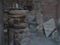 Abile Scultore Sciclitano, decantatore della pietra fossile.  - Scicli (1422 clic)