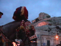 Colle di San Matteo con cavallo Bardato.  - Scicli (1565 clic)