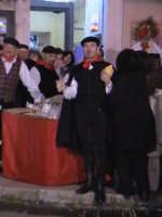 Venditore di 'Piretta' per la Cavalcata di San Giuseppe.  - Scicli (2045 clic)