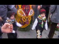 Cavalcata di San Giuseppe a Donnalucata 12 marzo 2006. Tipico vestiario con la 'Bburritta' il classico cappello siciliano con il pendente rosso.  - Scicli (2262 clic)