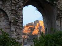 Veduta del conevnto della Croce dal convento di Sant'Antonino-Architettura pre-Terremoto del 1693-  - Scicli (1537 clic)