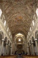 Duomo di Mazara del vallo navata centrale  - Mazara del vallo (4947 clic)