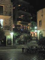 Piazza antistante il Bar Turrisi  - Castelmola (7005 clic)