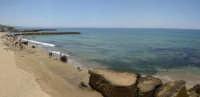 Selinunte - Panoramica della spiaggia allo scalo sul lato occidentale.  - Selinunte (2085 clic)