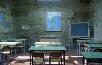 Particolare di un'aula del liceo classico di Castelvetrano  - Castelvetrano (8529 clic)