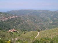 Valle del Fitalia, con veduta dall'alto monastero di Fragalà (Frazzanò)Me  - Nebrodi (5101 clic)