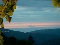 Filicudi vista da galati mamertino  - Galati mamertino (5478 clic)