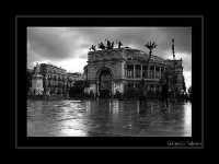 Il teatro Politeama in una grigia giornata. PALERMO Gianpaolo Federico