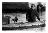 Pescatore al rientro  - Porticello (3133 clic)