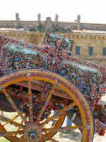 La Casina di caccia ed un carro folkloristico siciliano  - Ficuzza (2953 clic)