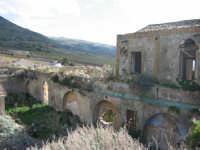 Castello d'Inici - Foto scattata dalla sommità delle macerie della torre crollata sul finire degli anni '90  - Castellammare del golfo (1496 clic)