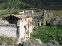Castello d'Inici - Foto scattata dalla sommità delle macerie della torre crollata sul finire degli anni '90  - Castellammare del golfo (1340 clic)