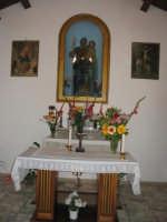 1° Maggio- San Giuseppe- Interno della chiesetta.  - San mauro castelverde (2275 clic)