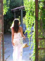 Una donna di spalle...  - Piazza armerina (25881 clic)