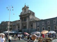 Il mercatino delle pulci in piazza Carlo Alberto la Domenica mattina.  - Catania (5158 clic)