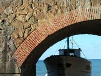 Un particolare del porticciolo.  - Castel di tusa (5956 clic)