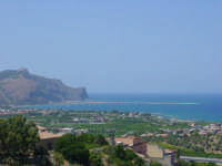 Promontorio di Tindari laghetti di Marinello visti da Belvedere fraz. di Falcone(ME)  - Falcone (7996 clic)