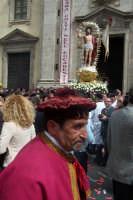 Pasqua.Il suonatore di tamburo annuncia la resurrezione.  - Paternò (2223 clic)