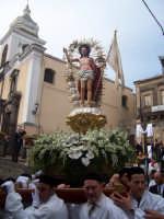 Pasqua 2006.Uscita all'alba del Cristo risorto dalla chiesa di S.Margherita.  - Paternò (2397 clic)