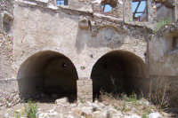 Resti della masseria fortificata della baronessa di Poira.  - Paternò (6808 clic)
