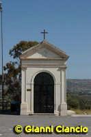 La cappella al campo di concentramento VITTORIA Gianni Ciancio