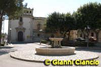 Piazza Giordano Bruno  - Vittoria (2736 clic)